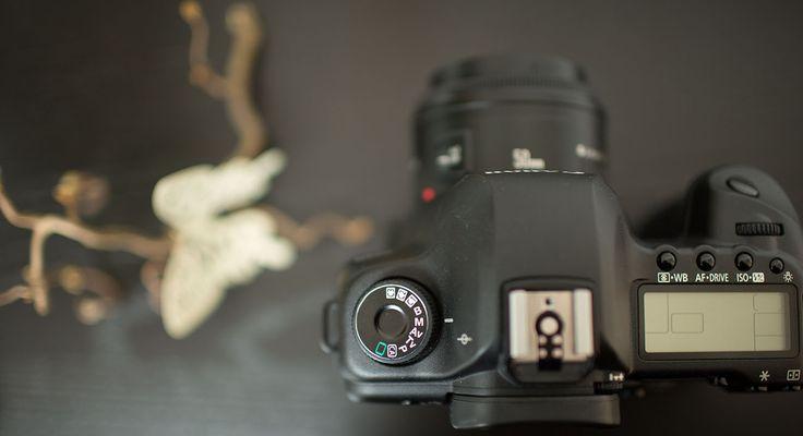 Wer manuell fotografieren lernen möchte sollte diesen Beitrag lesen. Tips für Einsteiger rund um Blende, ISO, Zeit. Jetzt MANUELL FOTOGRAFIEREN LERN…