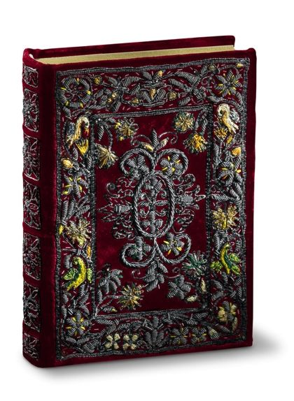 Flemish Book of Hours of Marie de Medici - fine art facsimile edition - embroidered cover, binding