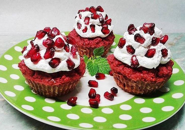 Céklás muffin gránátalmával🍎