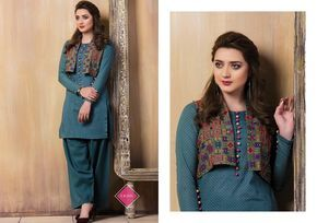 Kayseria Winter Collection Shalwar Kameez 2018 - Fashionvilas.com