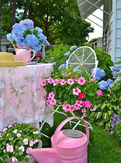 Love the colors..: Fence, Pastel, Spring Color, Cottages Gardens, Gardens Teas Parties, Color Combos, Flower Gardens, Water Cans, Blue Flower