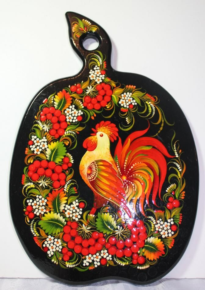 Apple shaped, hand painted wooden cutting board in Petrykivka style. Derevyana doshka u Petrykivskomu rozpysi