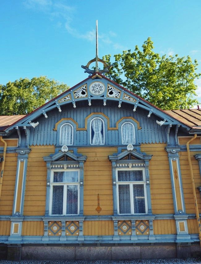 Vieille ville, Rauma, Finland. Travail de boiseries   dentelles