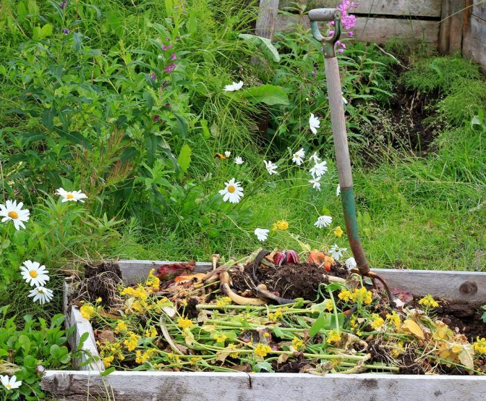 Build Your Compost Pile Right On Garden Beds