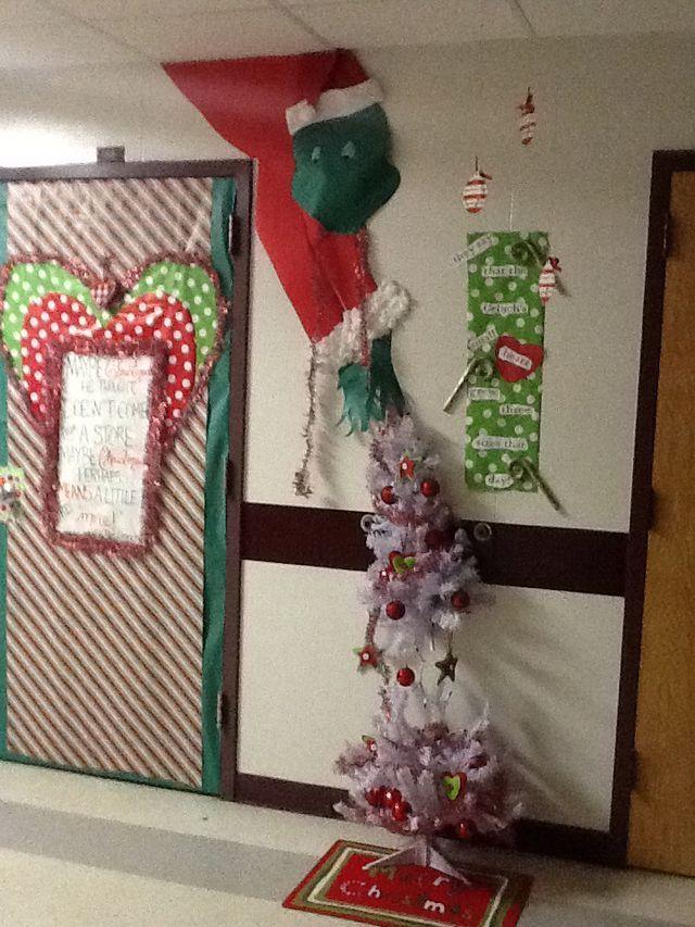 Pin By Angie Jurecka On Christmas Christmas Hallway