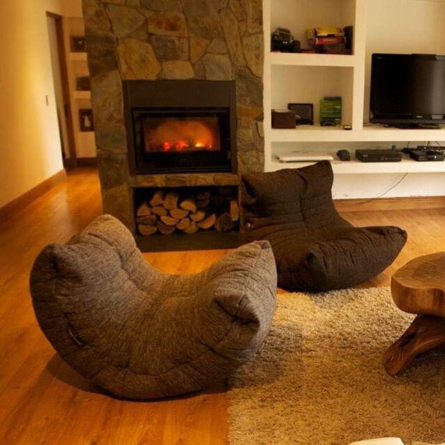 Мебель Ambient Lounge® подчеркивает индивидуальность Вашего дома, создавая центр внимания для любой композиции. Более 10 лет дизайнерское лаунж кресло Acoustic Sofa™ является бестселлером за счёт качества и стоимости, по праву занимая место в Gold Class коллекции. Уникальный бинбэг для дизайн интерьера лофт, таунхаусов и дома от Ambient Lounge®