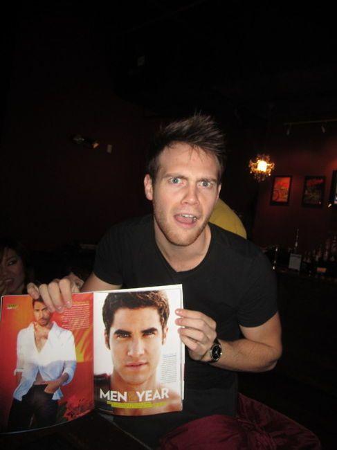 Joe freaking out over Darren in People's Mag.  Gotta love him <3