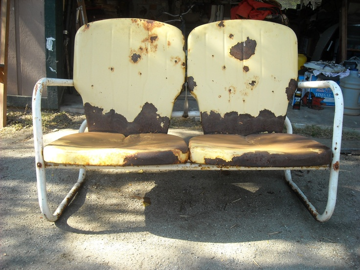 51 best vintage lawn furniture images on pinterest for Furniture yard sale near me