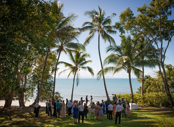 Port Douglas Wedding Photography. Byron and Elise at Little Cove Port Douglas. Destination Wedding Photography. www.shaunguestphotography.com.au