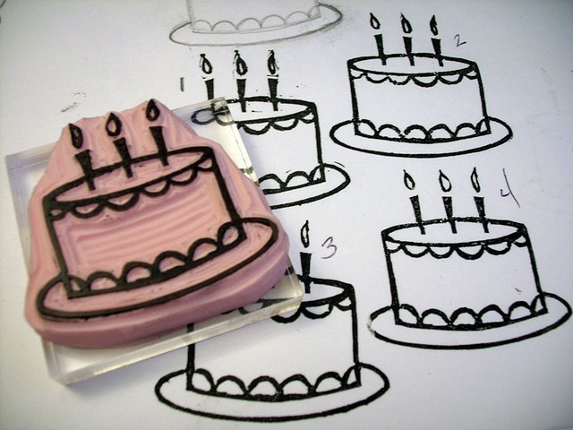 Birthday cake- carved rubber stamp ||| DIY, planner, for birthdays - write in age and the name above