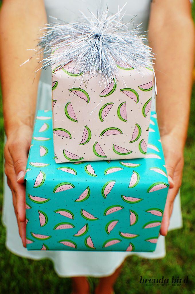 Imprimible de papel para regalos inspirado en sandías: menta, rosa y celeste >> Watermelon wrapping paper printable
