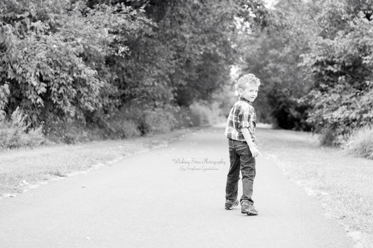 He's starting on his road to independence, today he'll master kindergarten tomorrow  the world....
