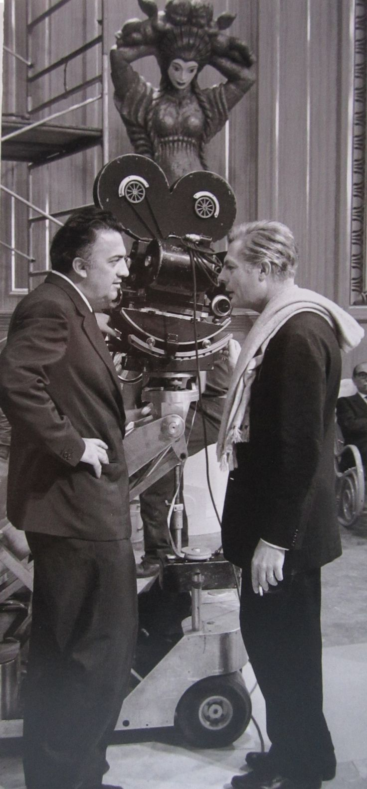 "Federico Fellini and Marcello Mastroianni on the set of ""8½""."
