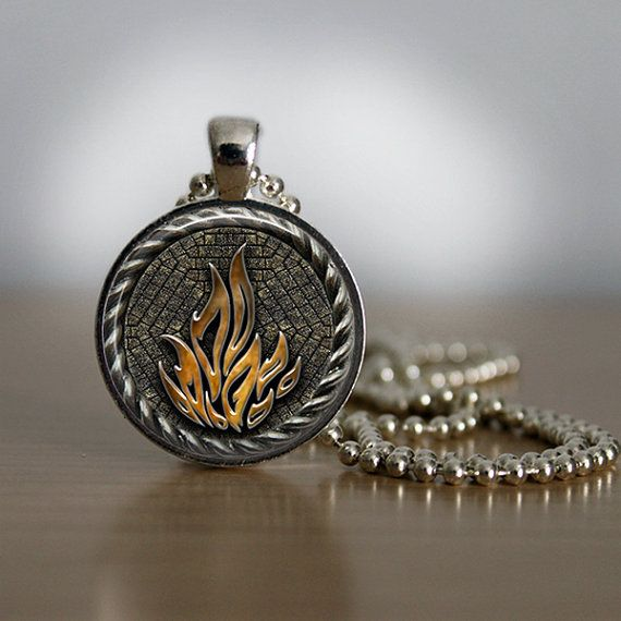 "30 Pieces Of Jewelry Inspired By The ""Divergent"" Trilogy-dauntless necklace"