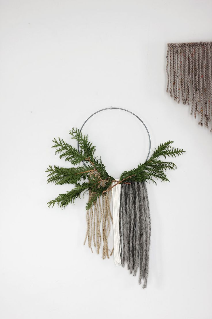 DIY Minimal Christmas Decor