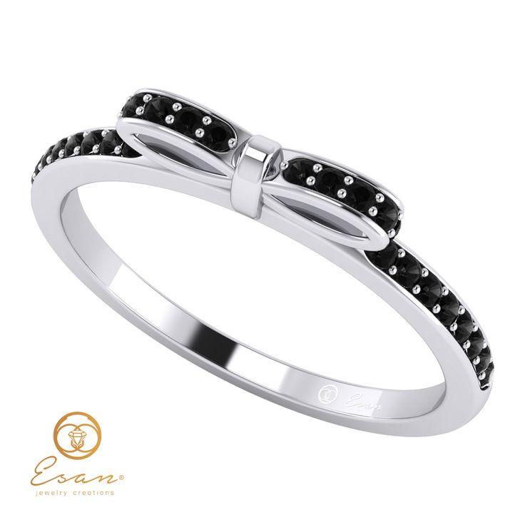 Inel din aur alb cu diamante negre ESDN88