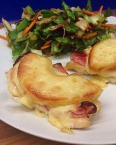 Diese köstlichen Low Carb Schnitzel Hawaii sind nicht nur kohlenhydratarm, sondern auch mega lecker. Einfach im Ofen überbacken und fertig!