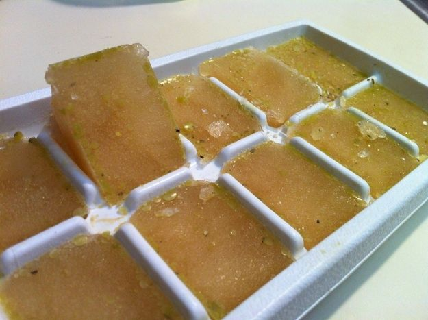 Freeze homemade chicken and vegetable stock for future use. | 23 Genius Ways To Use An Ice Cube Tray