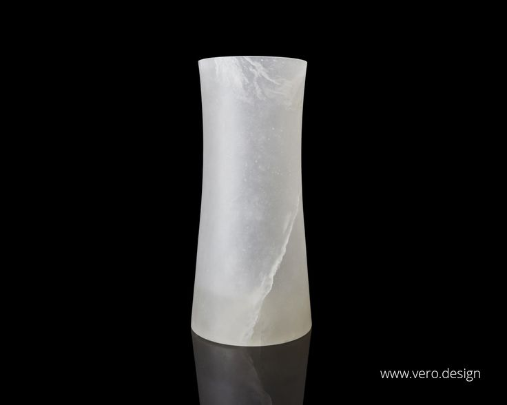 Visit https://vero.design/luna-collection/ to discover LUNA COLLECTION in trasparent alabaster.