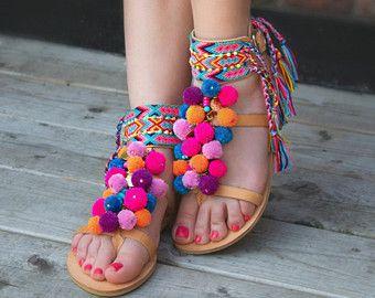 Pom Pom sandalias sandalias de tiras de cuero por SandalsofLove