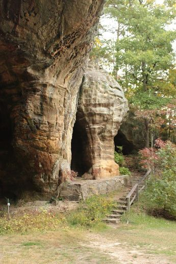 Indian Rock Cave Trail - Fairfield Bay, Arkansas