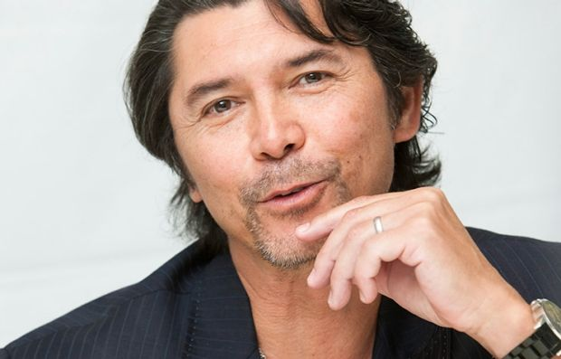 Lou Diamond Phillips is back on Longmire on NetFlix for season 4.  I loved that show.  A&E was stupid to drop it.  DeR
