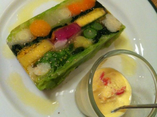 彩り野菜のテリーヌ ~オランデーズソース~ | プロから学ぶ簡単家庭料理 シェフごはん