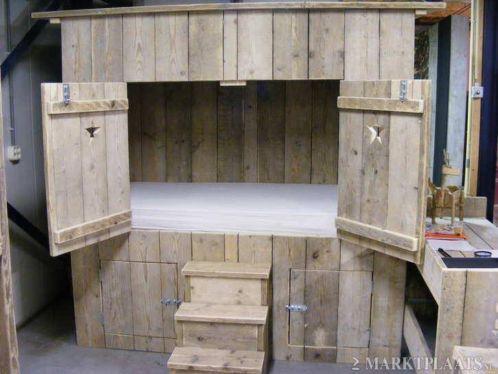 Bedstee bedbank steigerhout bed bedden gratis bezorgd