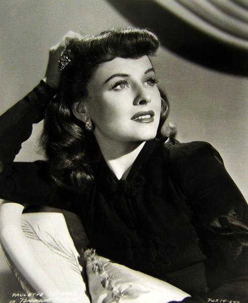 Paulette Goddard, 1940s, vintage, actress.