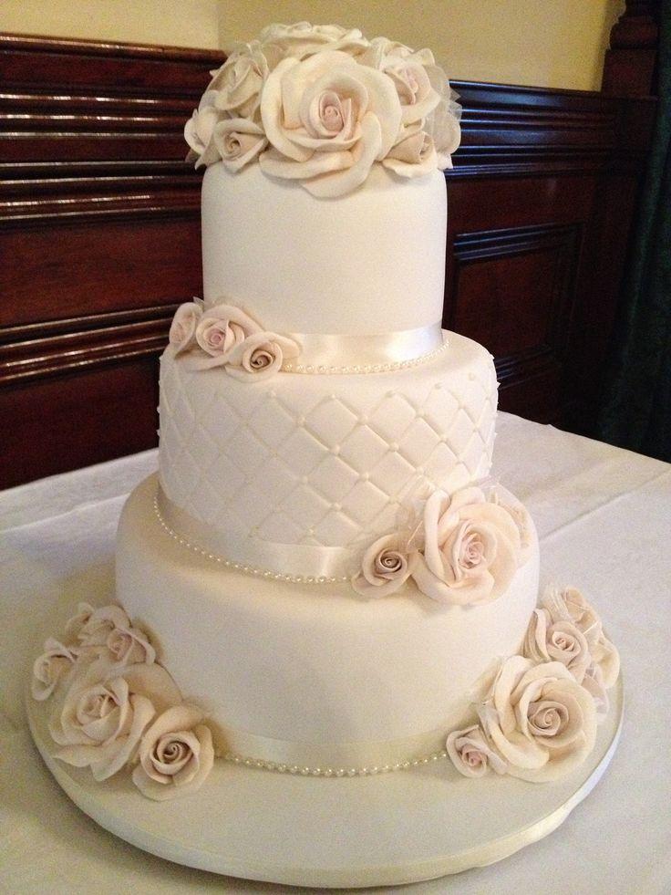 Cheap Wedding Cakes For The Holiday Elegant Wedding Cakes Australia