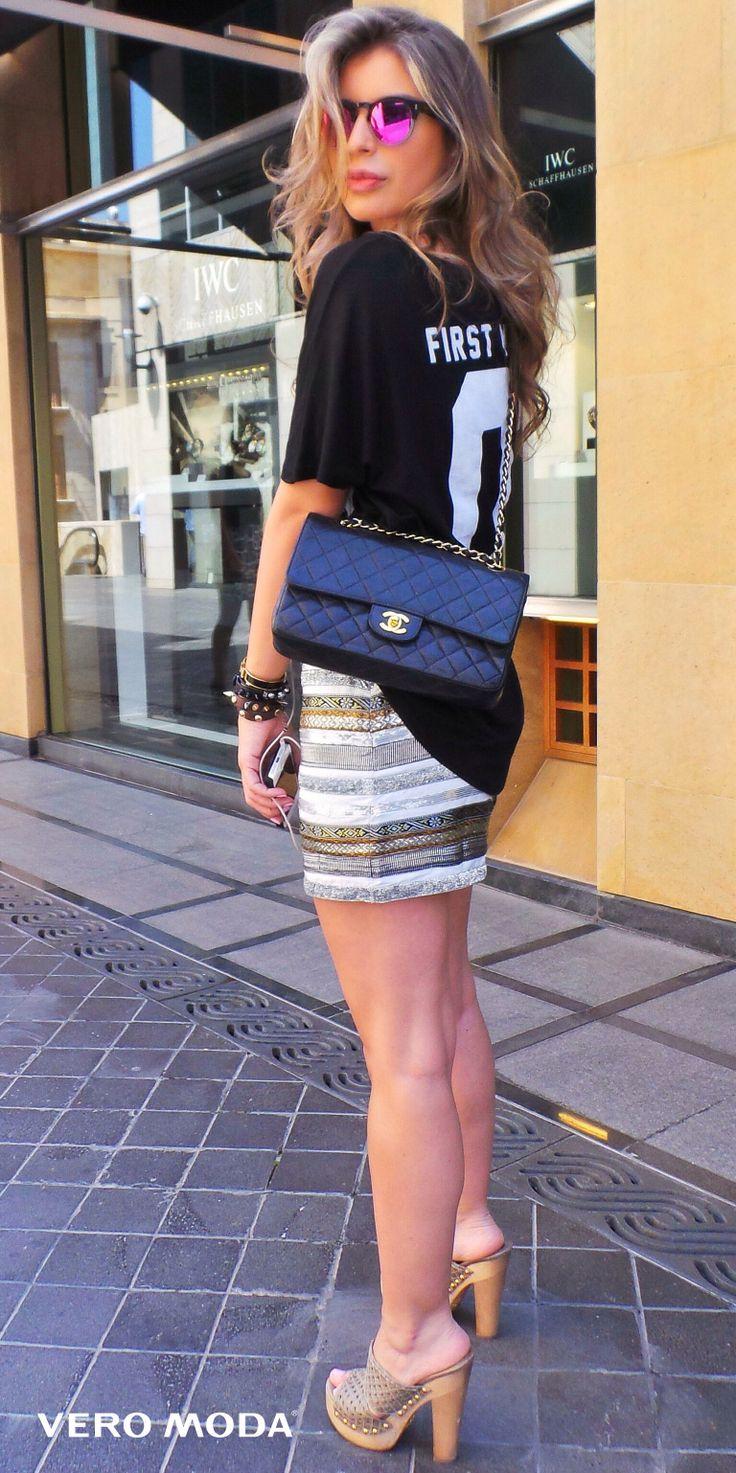 Vero Moda Street Style NYC t shirt sequined skirt Prada