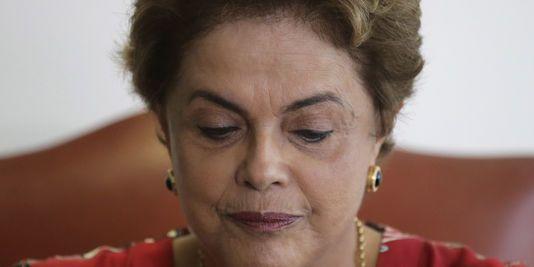 Au Brésil, Dilma Rousseff perd son principal allié au pouvoir