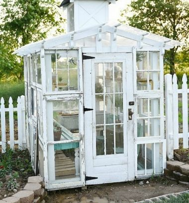 DIY Vintage garden greenhouse from old windows - repurpose // Vintage kerti üvegház régi bontott fa ablakokból - újrafelhasználás // Mindy - craft tutorial collection