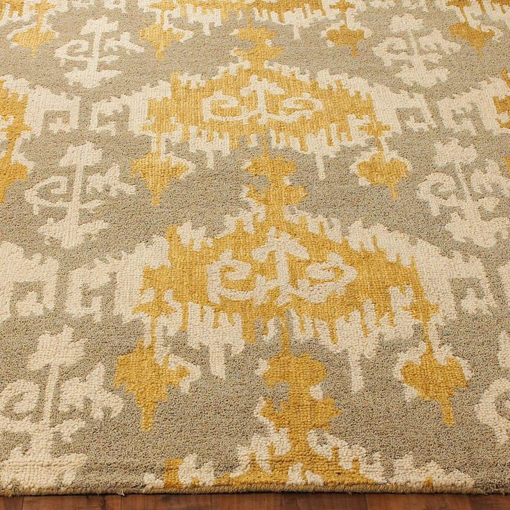 Hand Hooked Gray and Gold Ikat Rug