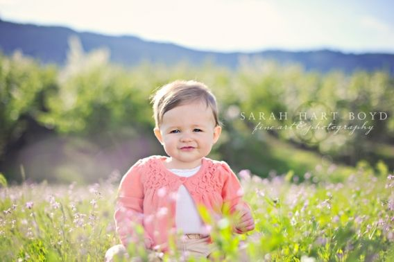 Does it get any better than a baby photographed in the spring time?  Ahh....  I wish the blossom season didn't go so quickly! I loved this session and wish I could have done a few more like this during the blossoming! If you're interested in blossom sessions for next year, send me an email and I…