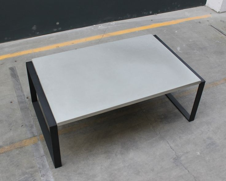 Beton-moebel-flachstahl-tisch-98×60-lg_00