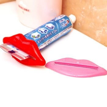 HD T Creative Korea Multi-squeezer lips more partner toothpaste dispenser toothpaste squeezer kiss