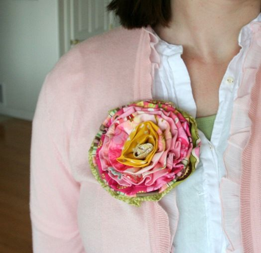 Scrappy Strip Rose tutorial
