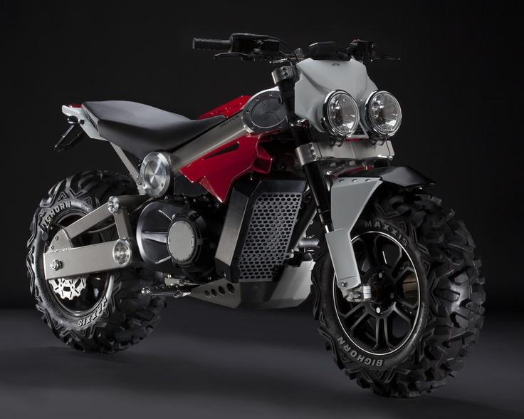 Se llama Brutus y apuesta por un nuevo segmento en el mundo de la moto, las SUV de 2 ruedas. ¿Acertado?