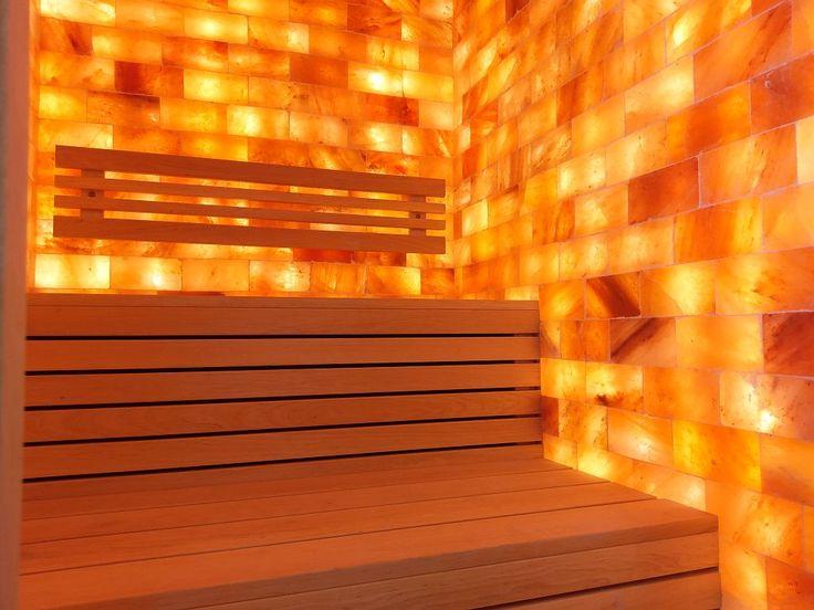 """SALIONARIUM: salina privata IBEK Salt-Relax Salionarium: dimensini 1600x2000 mm, cu 1450 kg sare pura de Himalaya, tavan, pardoseala, toc usa si banci din lemn de arin finlandez fara noduri, iluminare ambientala cu fibra optica pe tavan, 150 punctulete albe si colorate de 1 mm. grosime tip Cer-de-stele. Salinizare activa pe baza de ultrasunet cu dispozitiv de salinizare SalinaVita Salionarium de la Schumacher Meditzintechnik-Tehnica de pulverizare si inhalare """"Made in Germany"""". www.saune.ro"""