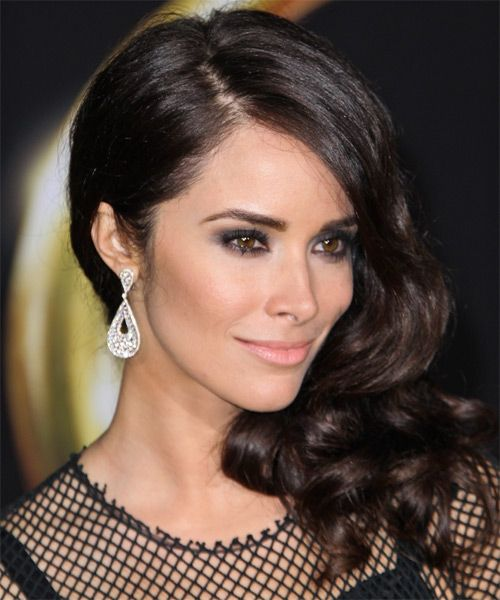 Abigail Spencer - a timeless beauty. Her makeup is always on point