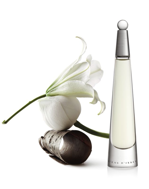Eau d'Issey - Lotus, Rose, Lily and Precious Woods. An aquatic floral with a woody trail.