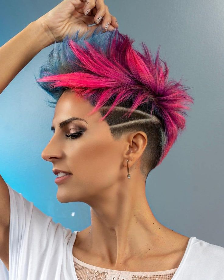 23 Short Spiky Haircuts For Woman   StylesRant   Short ...