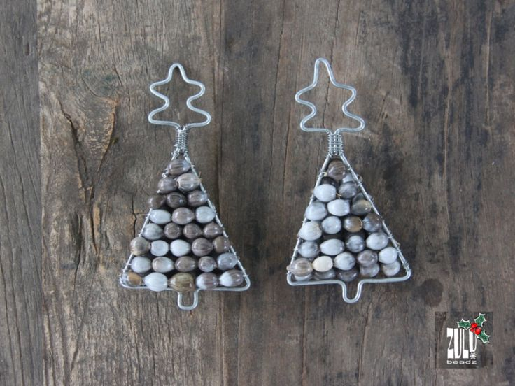 CHRISTMAS DECORATION - Zulu Beaded Set of Christmas trees - made of seed beads by ZuluBeadz on Etsy