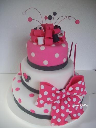 Torta Minnie : Tortas y Adornos Artesanales en porcelana fria  Contactanos:  TE 4225-2135/1568261760  Lanus Oeste  MAIL teterobles21@yahoo.com.ar | dulcearte