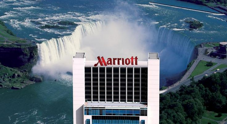 Niagara Falls Marriott on the Falls Niagara Falls Featuring a terrace and observation deck overlooking the Falls, Niagara Falls Marriott on the Falls is only 500 metres from Fallsview Casino. A shuttle service to the casino and other area attractions is provided.