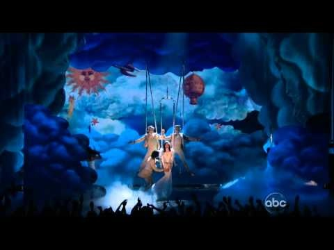 Billboard Awards 2012: Katy Perry channels Pink for 'Wide Awake' performance