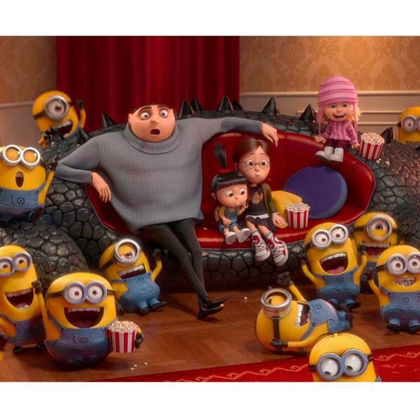 Minion party with the whole gang!