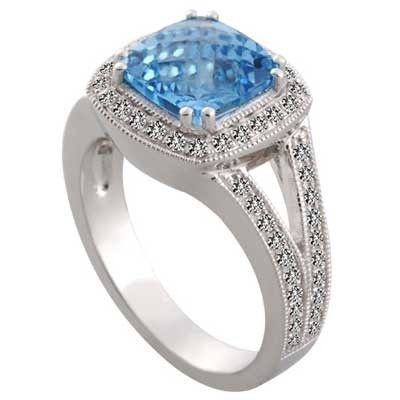 Gift this Blue topaz ring as it is considered to be the emblem of friendship and love and celebrated as the 4th and 19th #wedding #anniversary stone.