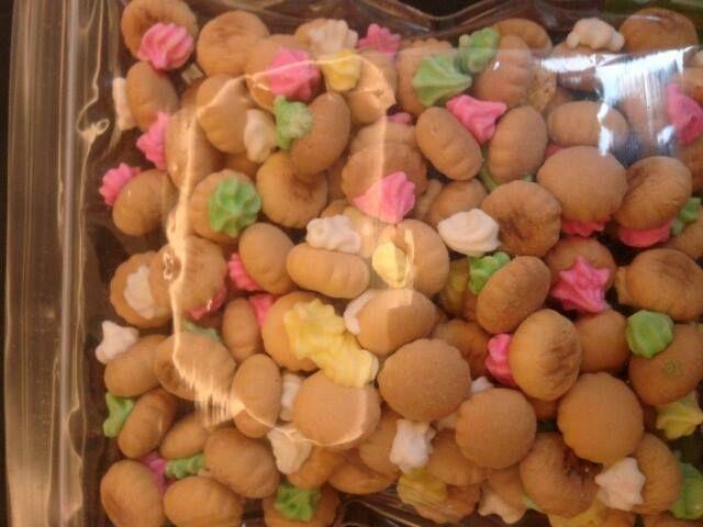 biskuit bunga 5.000/ons